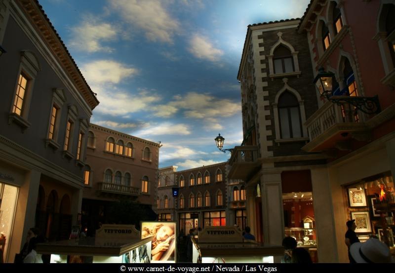 Voyage geant casino m.g.m. grand hotel casino